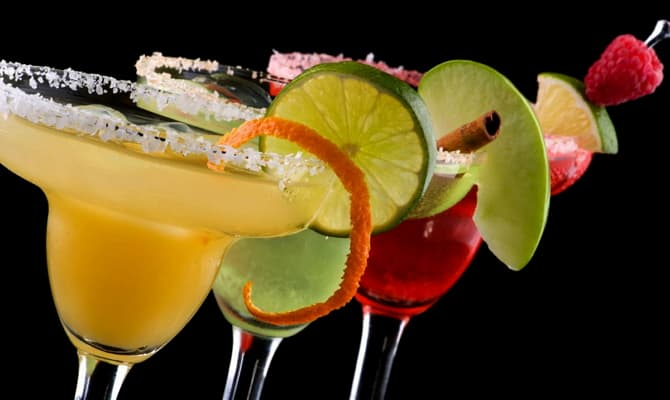 Самые известные коктейли с шампанским