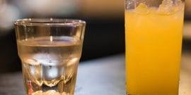 Коктейли из водки с яблочным, апельсиновым и гранатовым соком