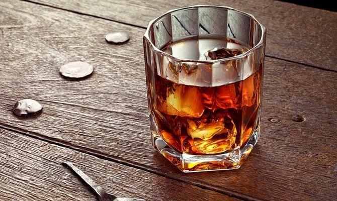 Использование виски Лафройг в коктейлях