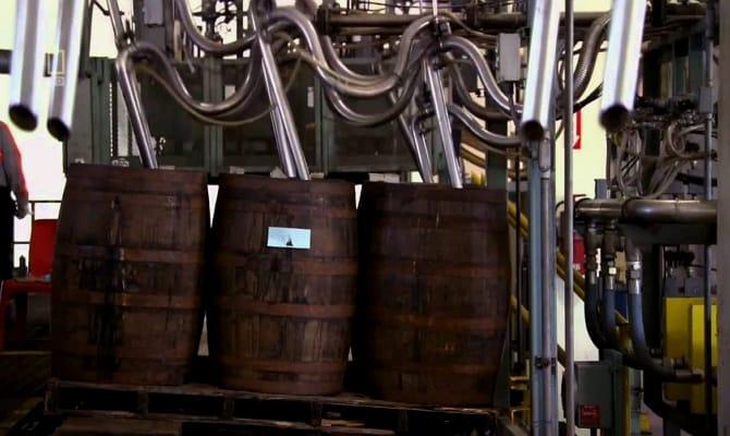 Промышленный способ изготовления рома по личной рецептуре владельца компании «Бакарди»