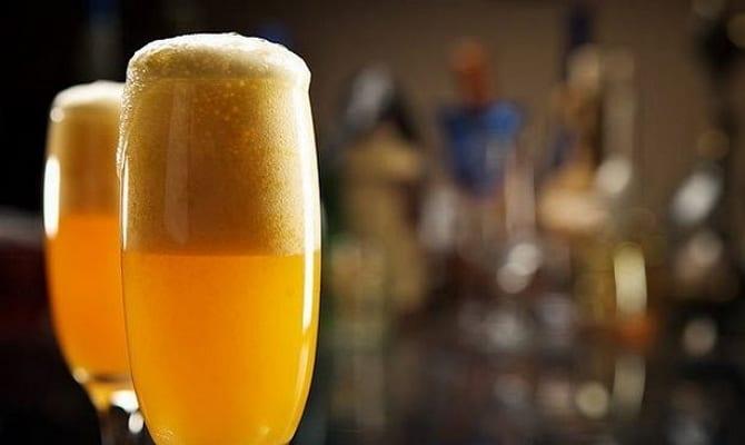 Основные ингредиенты коктейля «Беллини»