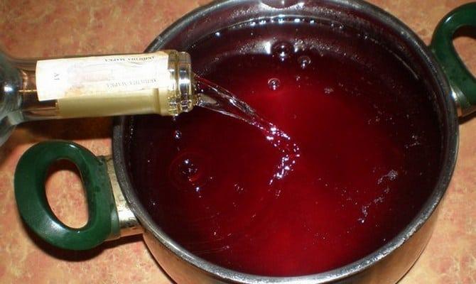 Приготовление вишневого ликера