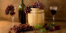 Спиртные напитки: красное сладкое вино