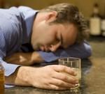Признаки белой горячки у алкоголиков – тяжелые последствия зависимости от алкоголя