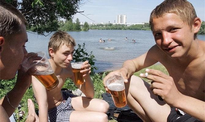 Отличия пивной зависимости от пристрастия к крепким напиткам